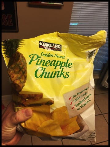 Frozen pineapple, yo